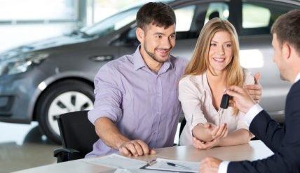 Что выгоднее автокредит или потребительский кредит при покупке автомобиля