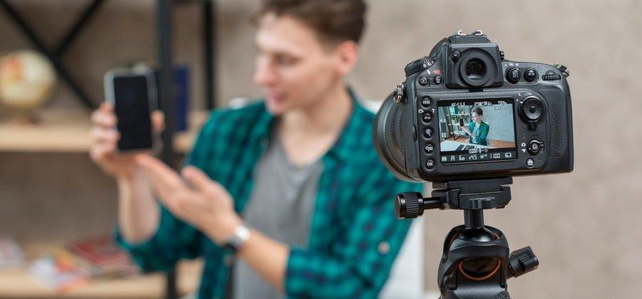 Как создать видеоблог на Ютубе и заработать на нем деньги