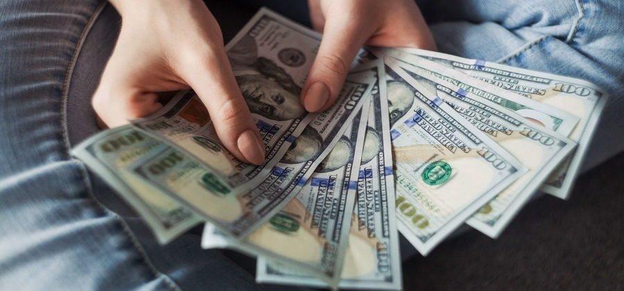 Как зарабатывать на курсе доллара
