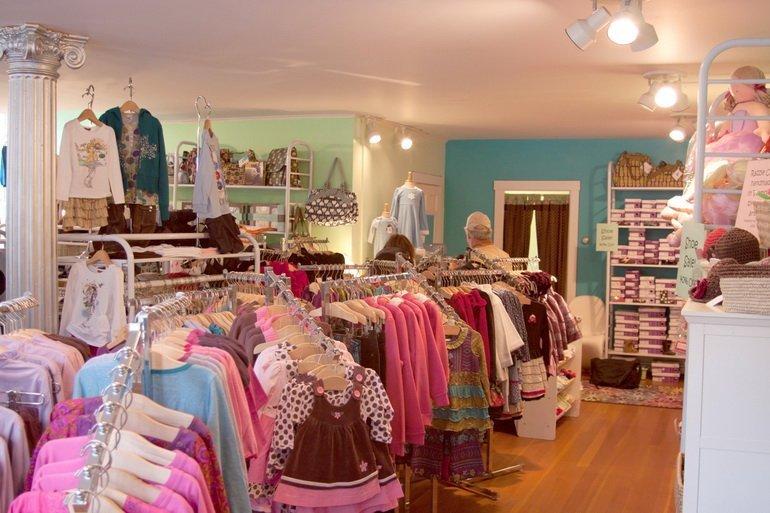 Как увеличить продажи в магазине детской одежды
