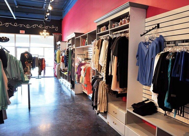 Как увеличить продажи в магазине женской одежды