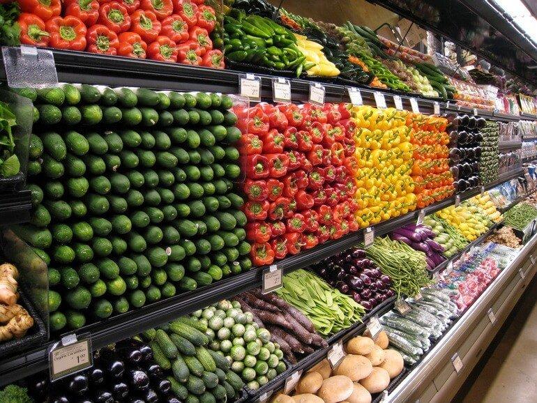 Стеллаж с овощами