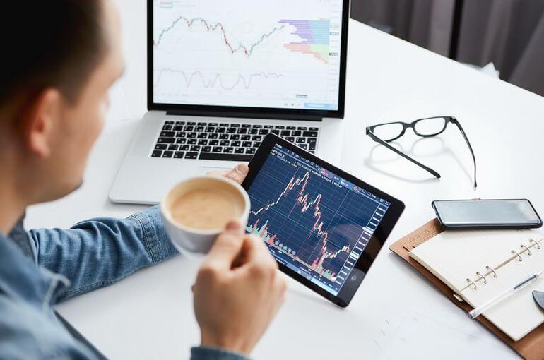 Работа на организованном финансовом рынке как возможность инвестировать во время коронавируса
