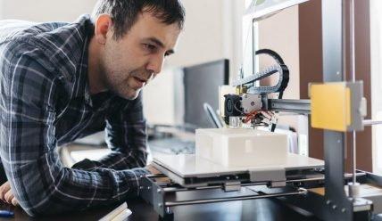 Как можно заработать с помощью 3D-принтера и сколько?