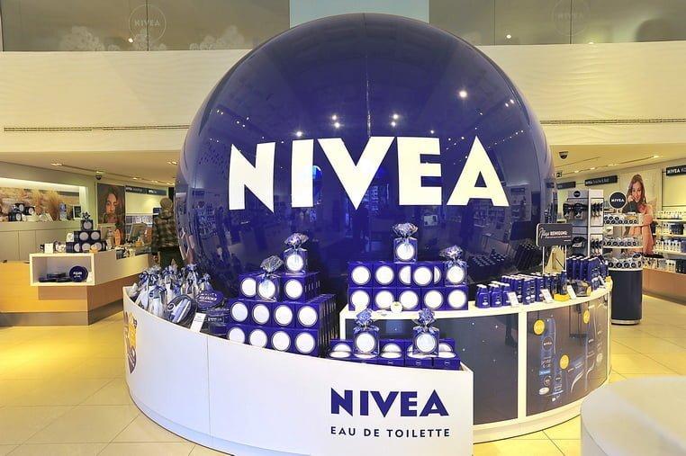 Временный POP-дисплей Nivea