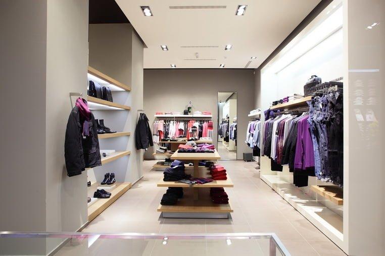 Магазин одежды использует планировку «петля»